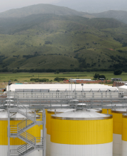 Brewery operated by SABMiller's Colombian subsidiary, Bavaria, in the Chingaza watershed outside Bogotá. Photo: Rudolf, Bogotá